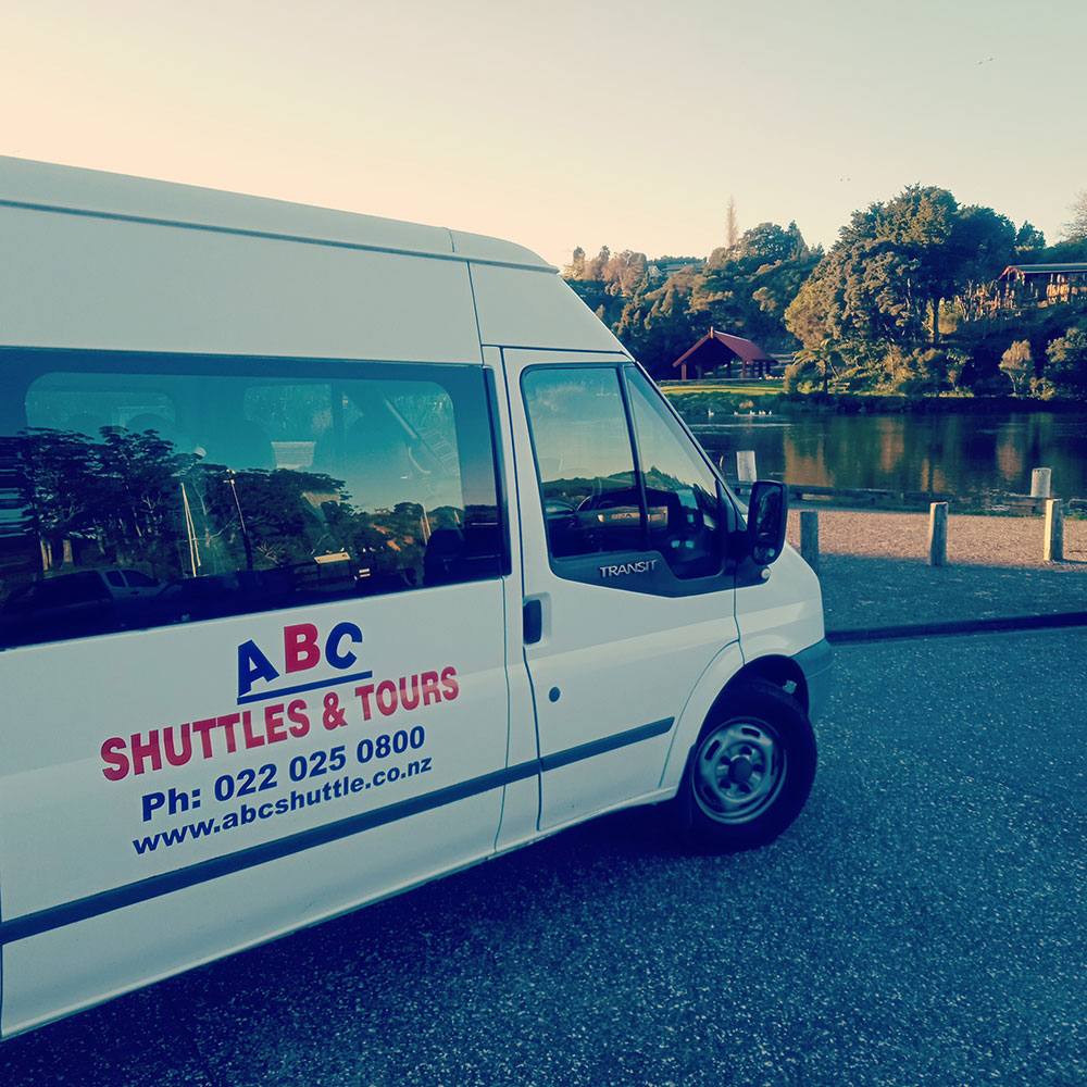 ABC Shuttle Service is the easiest and most cost effective airport transfer, private hire and tour option in New Zealand's beautiful Bay of Islands.